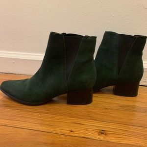 Chelsea Boot - Dark Green Suede
